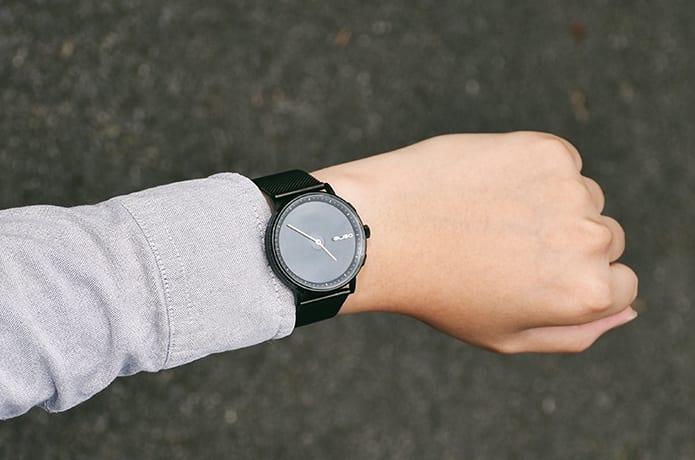 GLIGO E-Ink Smartwatch -Hassle-free with style | Indiegogo