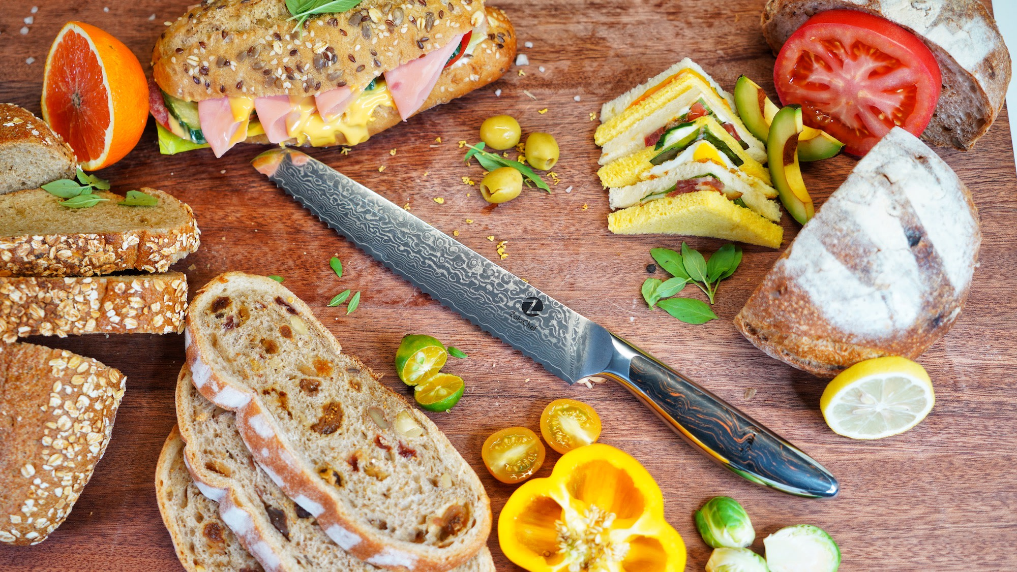 ZoloChef has great controllability. The handle of the knife conforms to the ergonomic design, the grip is tight and comfortable, not easy to slide. Cutting is labor-saving and easy to use.